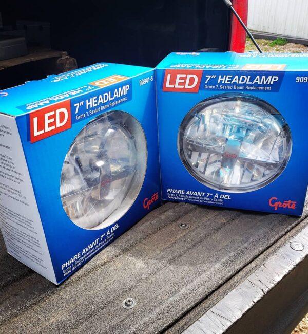 Grote 7 LED Headligh