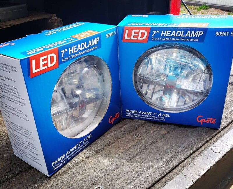 Grote 7 LED Headligh